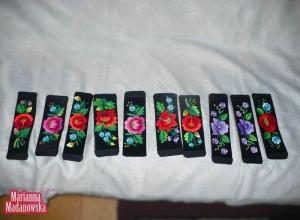 Bransolety haftowane ręcznie przez Mariannę Madanowską
