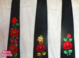 Krawaty łowickie haftowane ręcznie przez Mariannę Madanowską