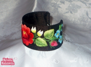 Łowicki folklor ludowy - stylowa haftowana bransoletka