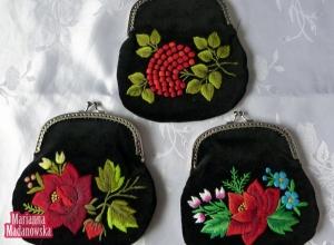 Piękne torebki damskie wykonane i wyhaftowane ręcznie przez twórczynię Mariannę Madanowską